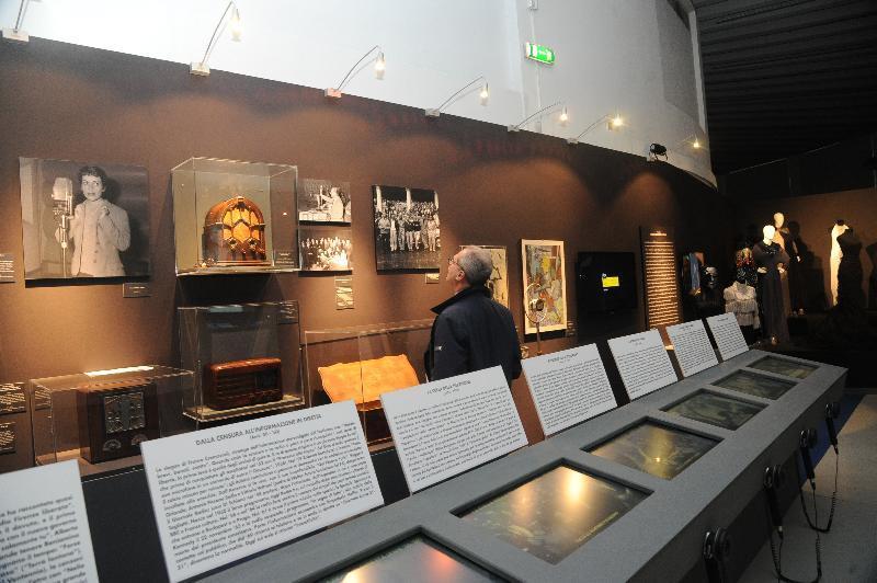 Mostra di cimeli di storia RAI alla Triennale di Milano