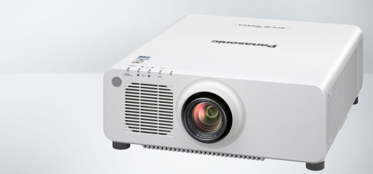 Nuovi proiettori a laser Panasonic da 10.000 lumen più compatti al mondo