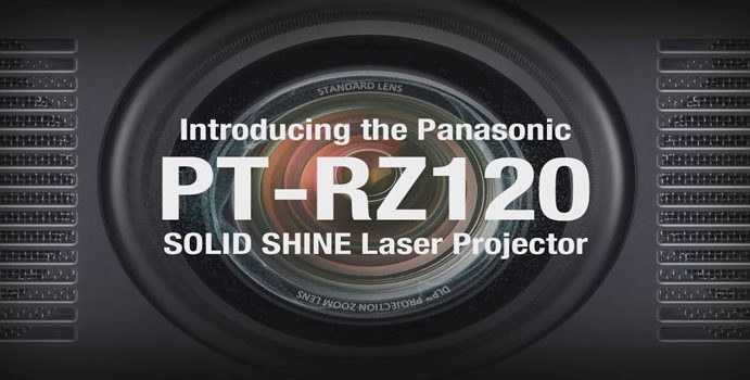 Panasonic: proiettore di punta per installazioni permanenti